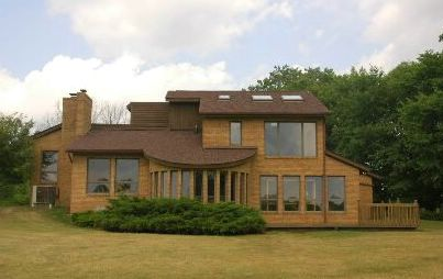 Contemporary in spacious Webster